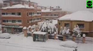 Dystrykt Hortaleza w stolicy Hiszpanii pod śniegiem